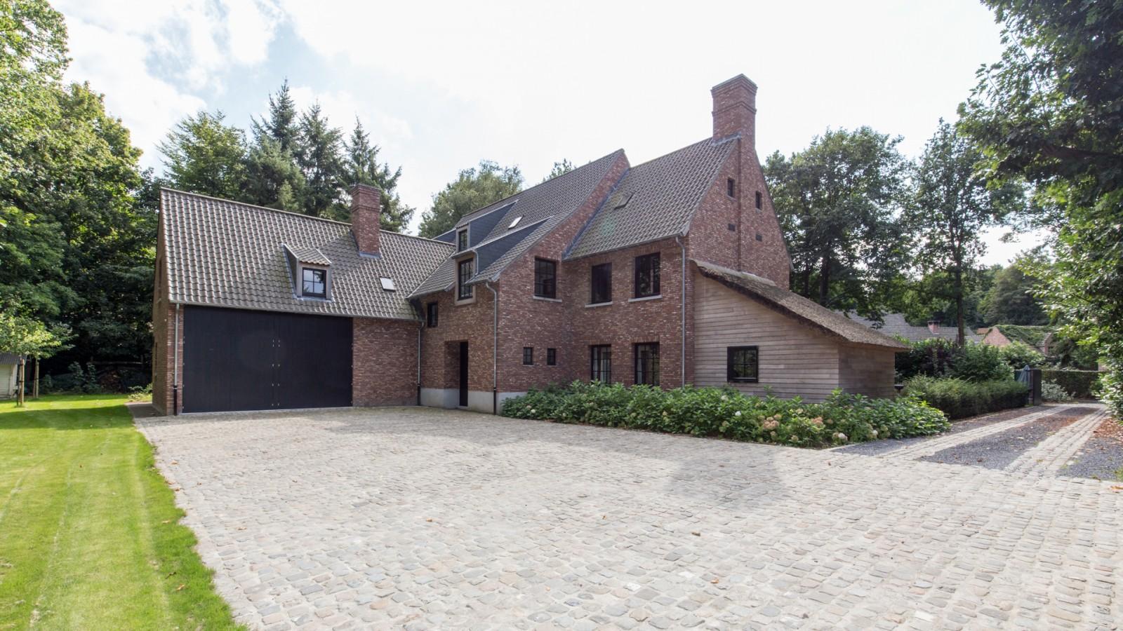 Elbeko realisaties villabouw op maat - Foto moderne villa ...